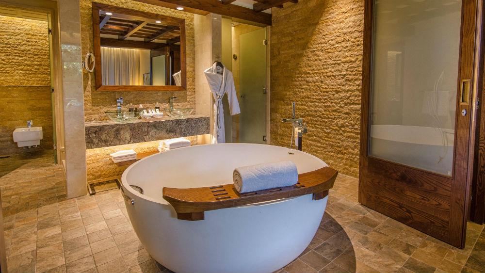 Sofitel The Palm Dubai - bathroom