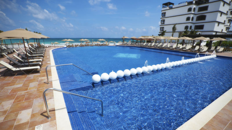 Grand Residences Riviera Pool