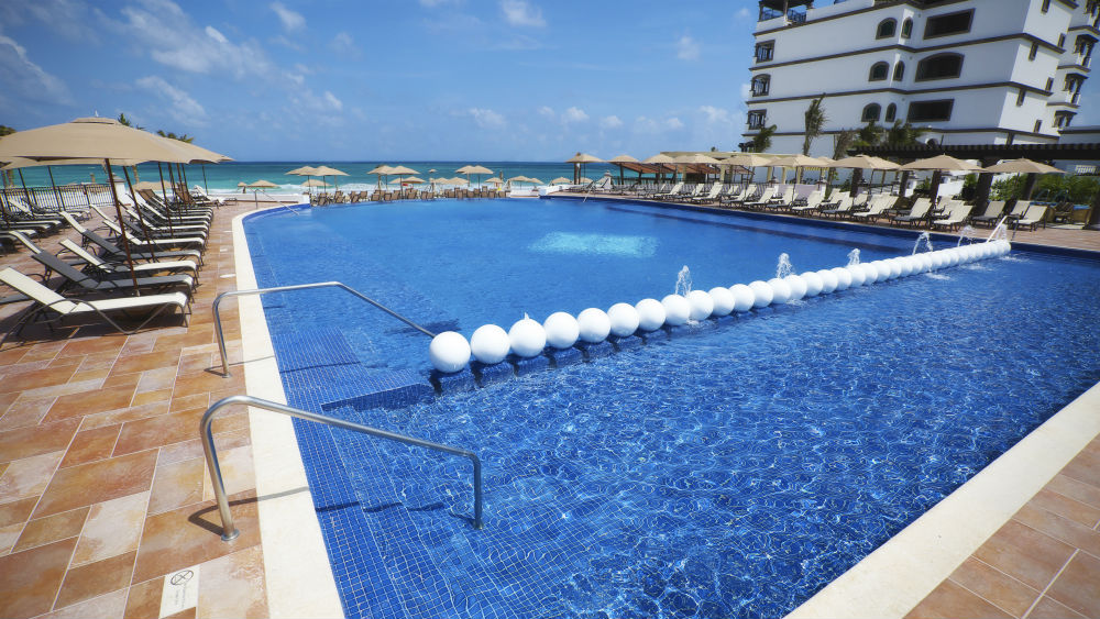 Main pool area at the Grand Residences Riviera Cancun