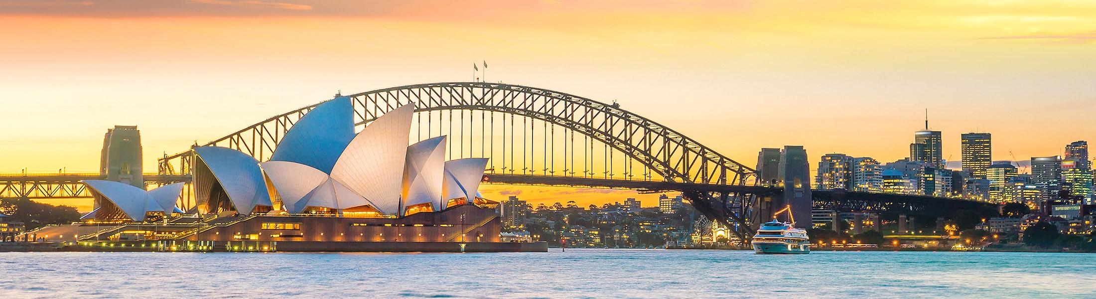 Sunset at Sydney Harbour Bridge and Sydney Opera House in Australia