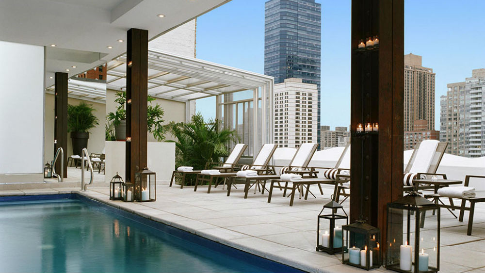empire-hotel roof top pool
