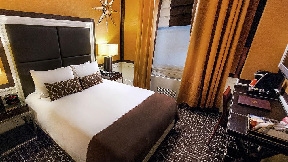 standard queen room The Empire hotel