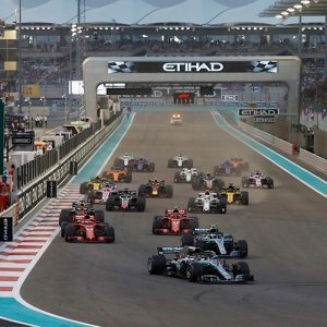 Formula 1 cars into the first corner at the Abu Dhabi Grand Prix