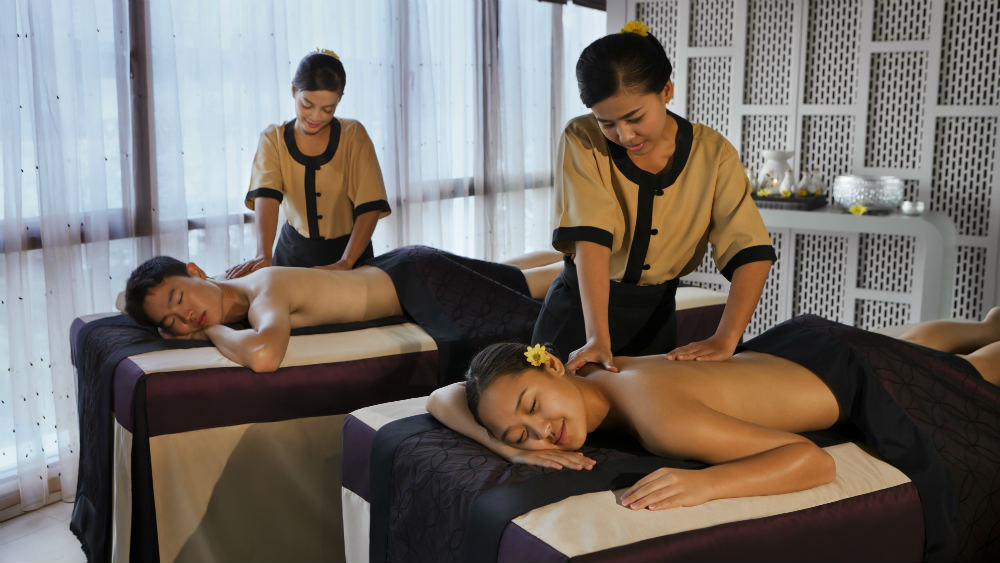 Couples massage at Angsana Laguna Phuket