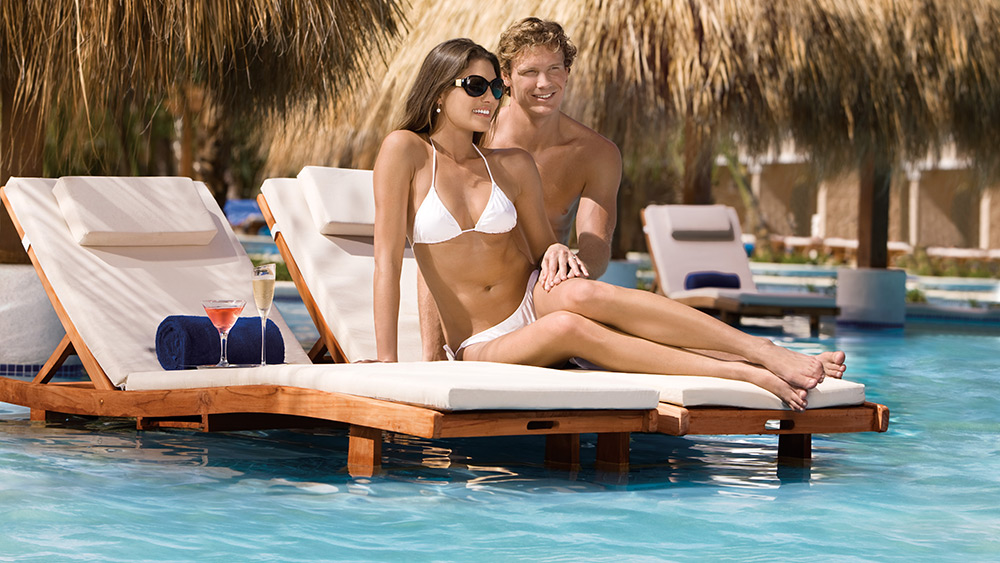 Couple in Pool at the Dreams Palm Beach Punta Cana