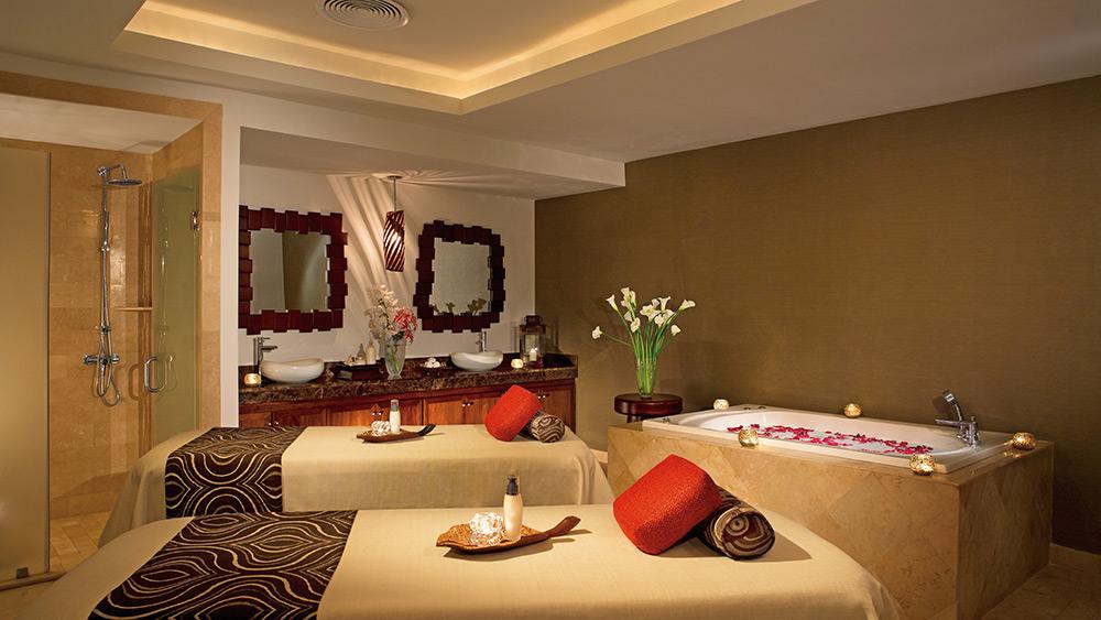 Couples spa room at the Dreams Palm Beach Punta Cana