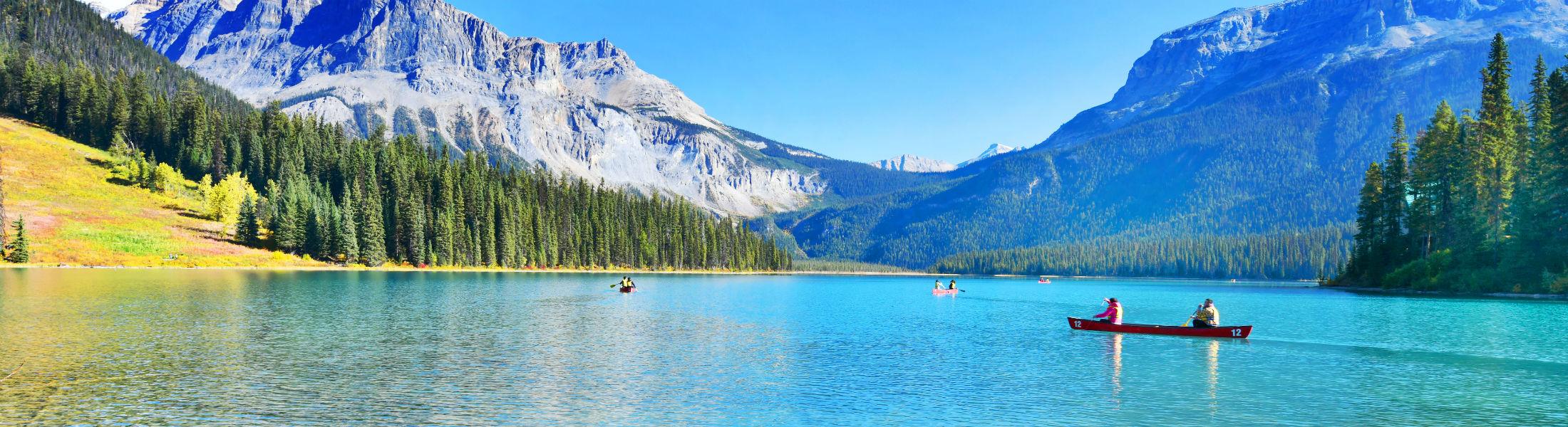 Emerald LakeYoho National Park in Canada