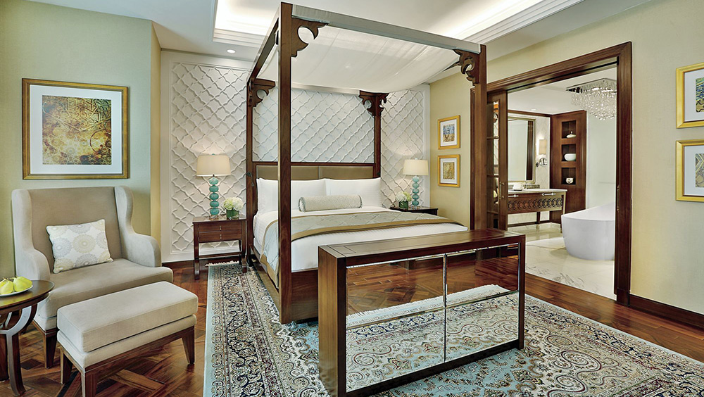 Four post bed in the Emirates Suite at Ritz-Carlton Dubai