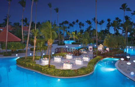 GalaDinner Pool at the Dreams palm Beach Punta Cana