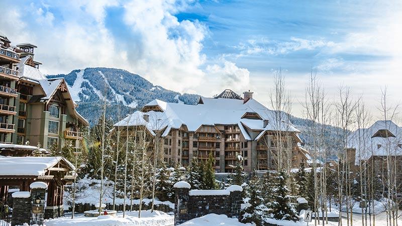 Hotel lodge Four Season Whistler Canada
