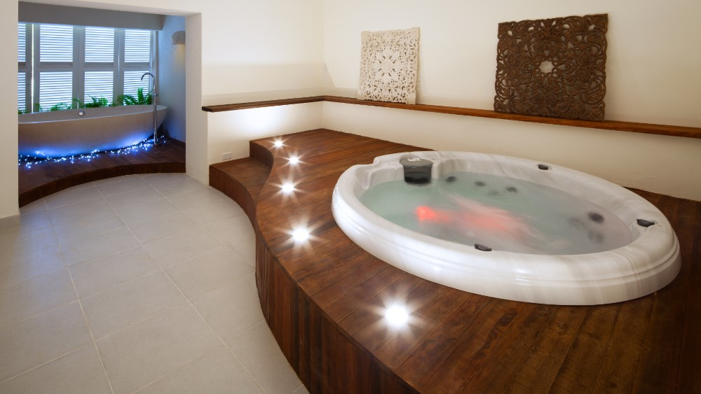 Jacuzzi in the spa at Sugar Bay Barbados