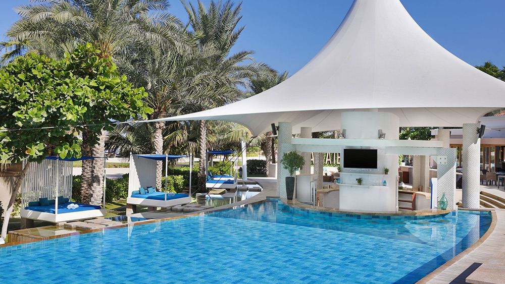 La Baie Pool & Bar at Ritz-Carlton Dubai