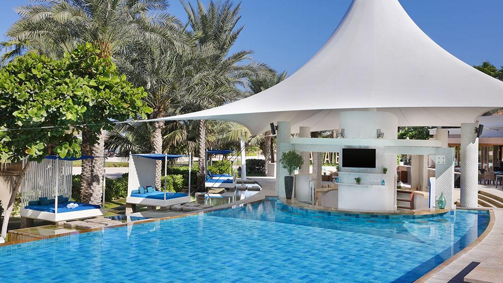 La Baie Pool & Bar at Ritz-Carlton Dubai