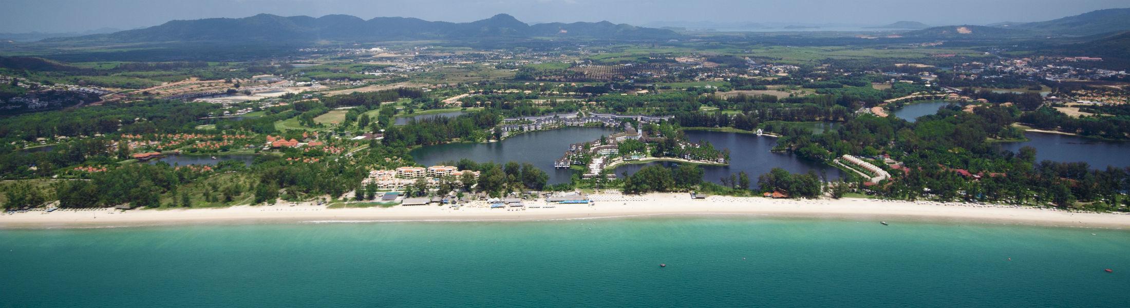 Laguna Main beach and overview