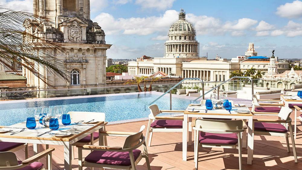 El Surtidor Bar at the Gran Hotel Manzana Kempinski La Habana