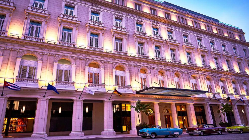 Exterior Entrance sunset of the Gran Hotel Manzana Kempinski La Habana
