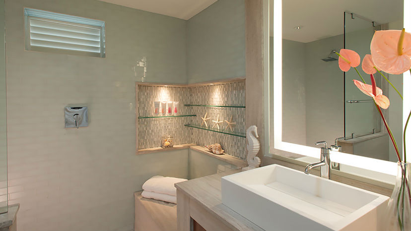 Grand Luxe Club Level Room w Balcony Tranquility Soaking Tub at the Sandals Halcyon Beach
