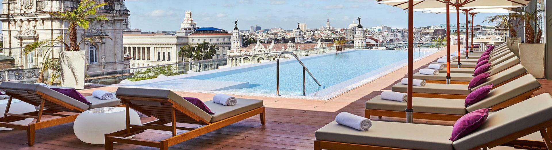 Pool Bella Habana Day Time at the Gran Hotel Manzana Kempinski La Habana