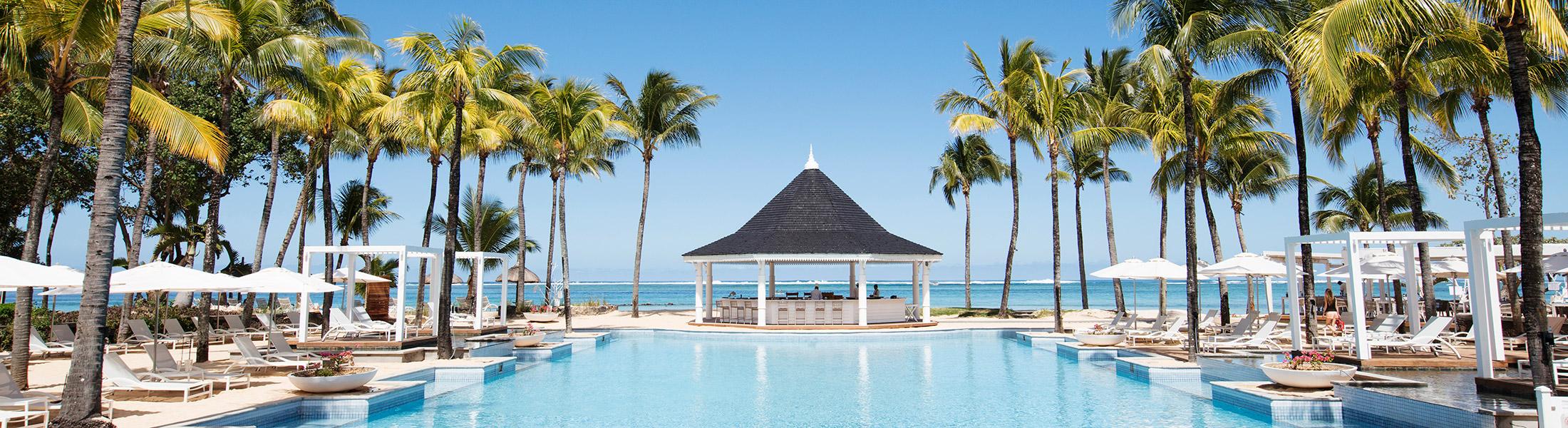 Main pool and bar at Heritage Le Telfair Mauritius