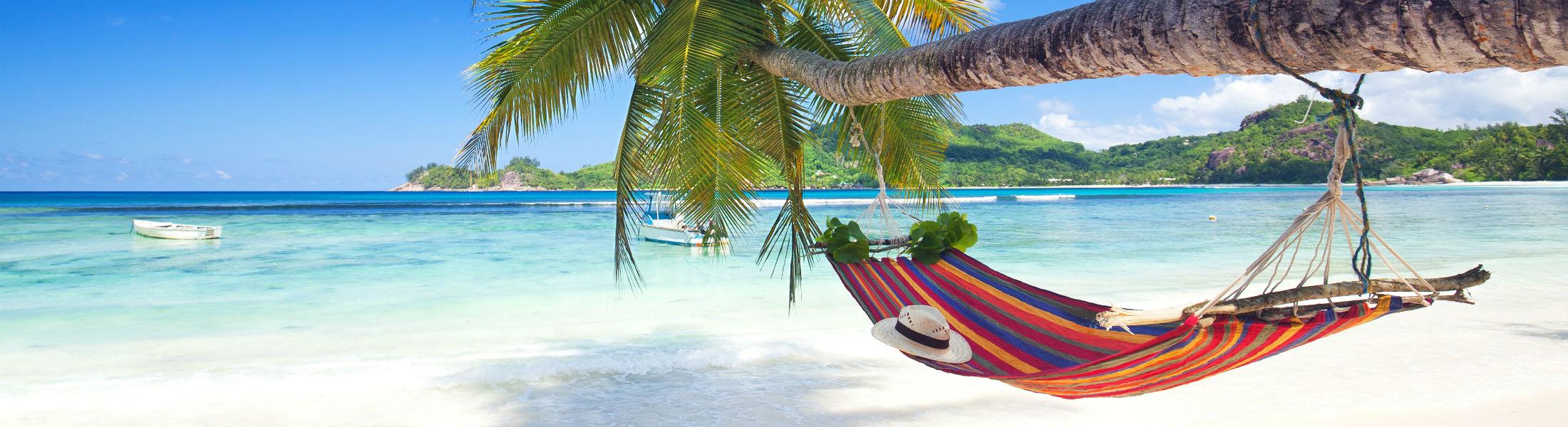paradise beach of seychelles island