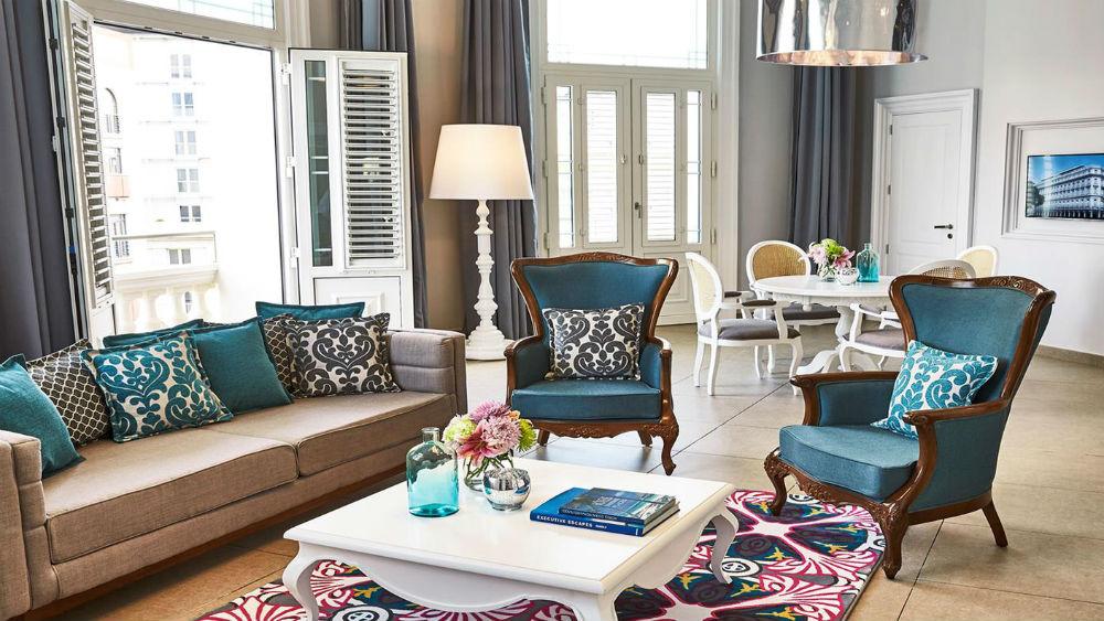 suite esquina living room at the Gran Hotel Manzana Kempinski La Habana