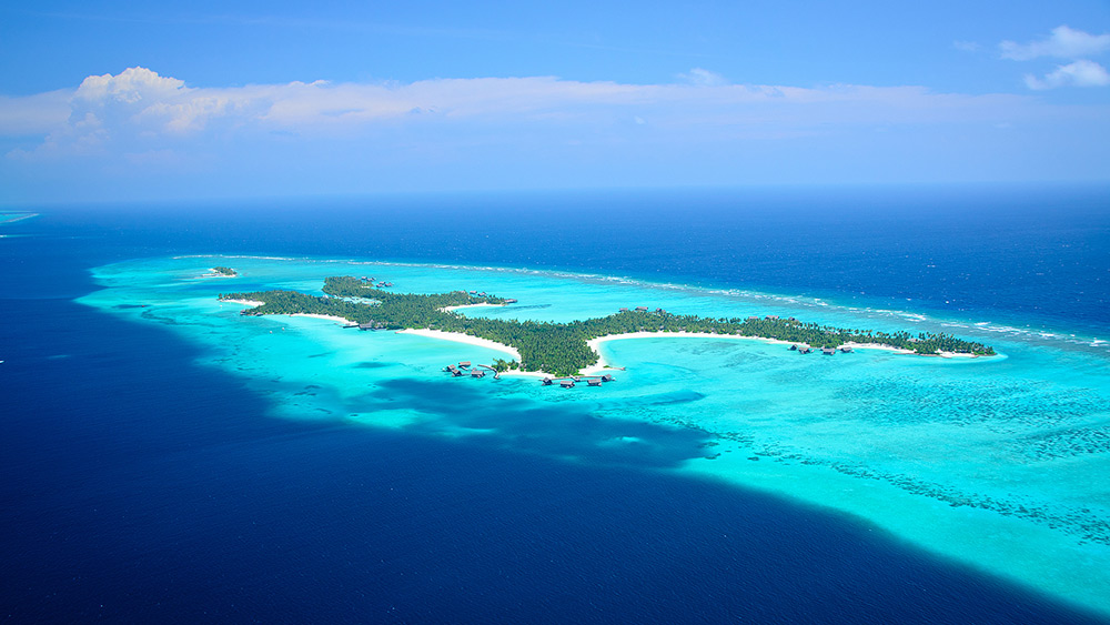 Aerial view of the island at One&Only Reethi Rah