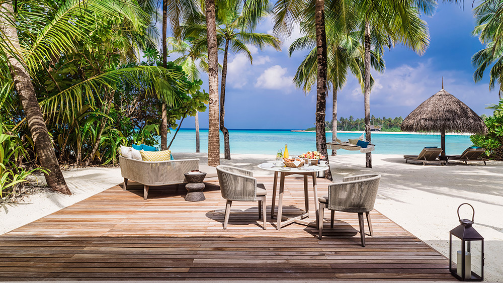 Outdoor terrace of the Beach Villa at One&Only Reethi Rah
