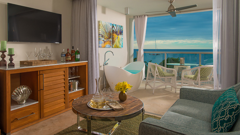 Living room of the Beachfront One Bedroom Butler Suite at Sandals Montego Bay