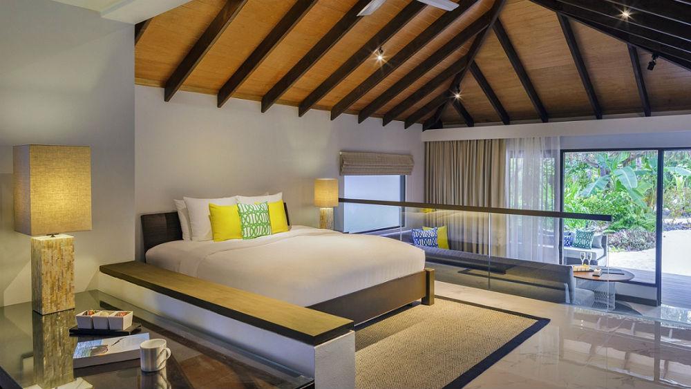 Deluxe Villa Velassaru Maldives