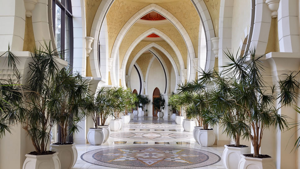 The grand gallery at Arabian Court at One&Only Royal Mirage