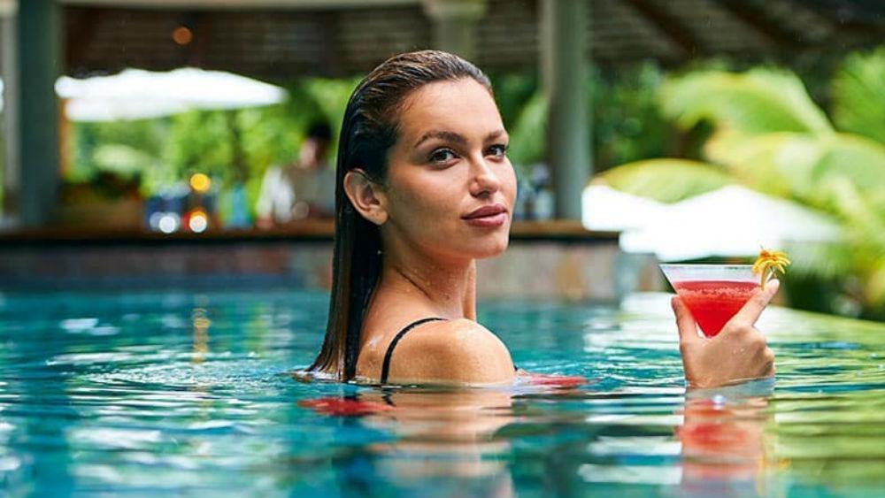 Legend Pool Bar Constance Lemuria Seychelles