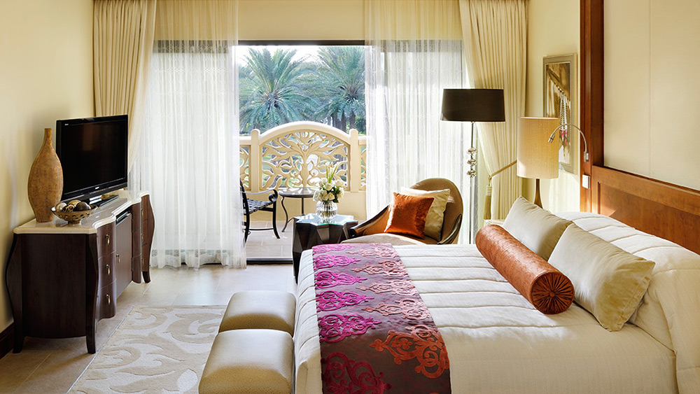 Bedroom of the Superior Executive Suite at One&Only Royal Mirage