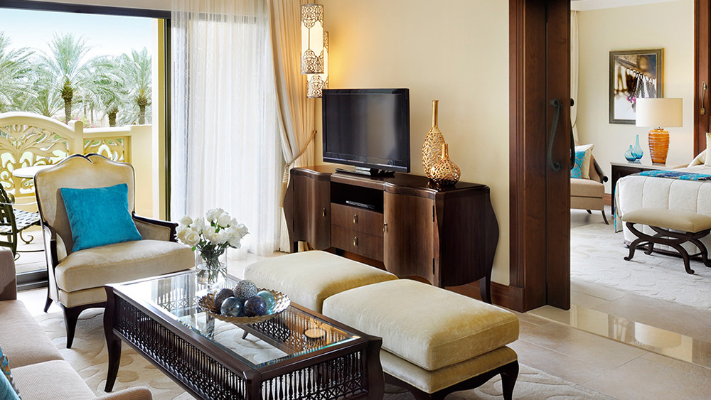 Living room of the Superior Gold Club Suite at The Palace at One&Only Royal Mirage