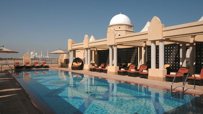 Swimming pool, Shangri-La's Qaryat Al Beri