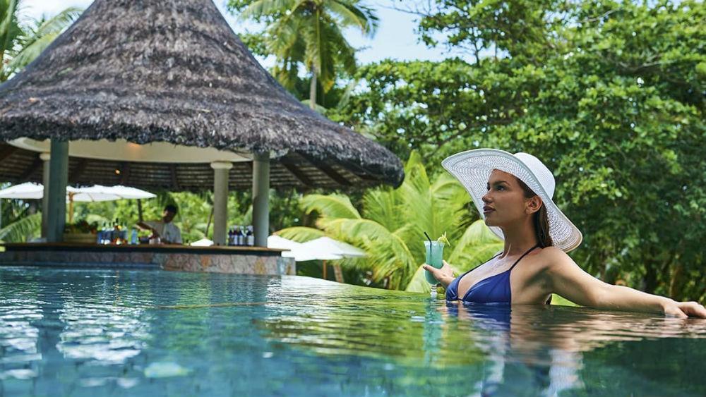 swim up Pool Bar at the Constance Lemuria Seychelles