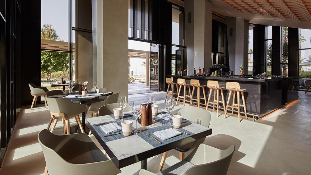 Bar area at Caesars Resort Bluewaters