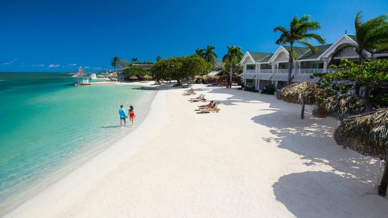 Beach - Sandals Royal Caribbean