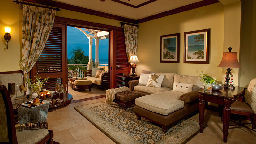 Living room of the Crystal Lagoon Honeymoon Penthouse 1 Bedroom Suite at Sandals Royal Caribbean