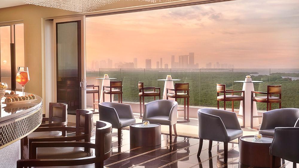 Impressions bar at sunset at Anantara Eastern Mangroves Hotel & Spa