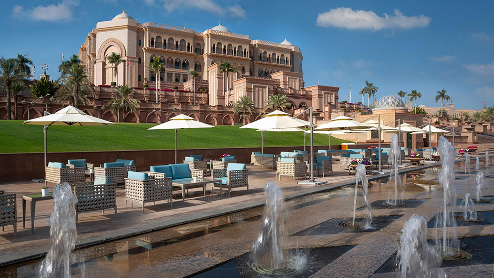 Outdoor cafe at Emirates Palace
