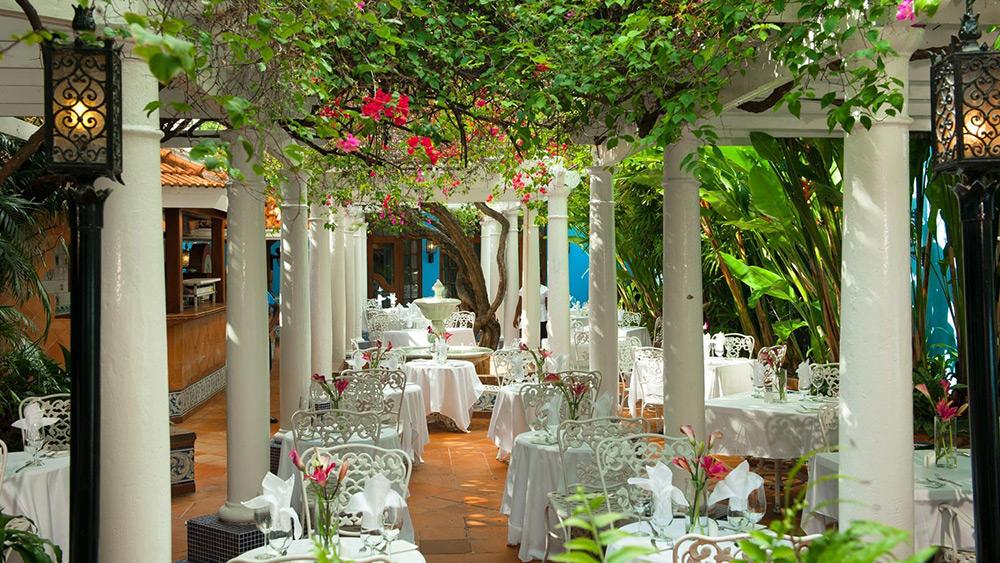 Outdoor dining at Le Jardinier at Sandals Royal Caribbean