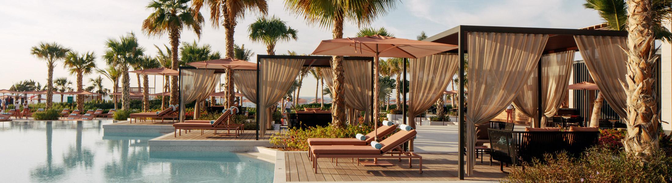 Pool cabanas at Caesars Palace Bluewaters