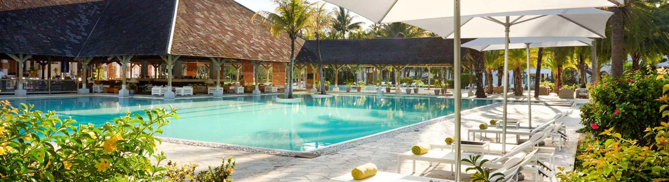 Pool & Loungers at Ravenala Attitude in Mauritius