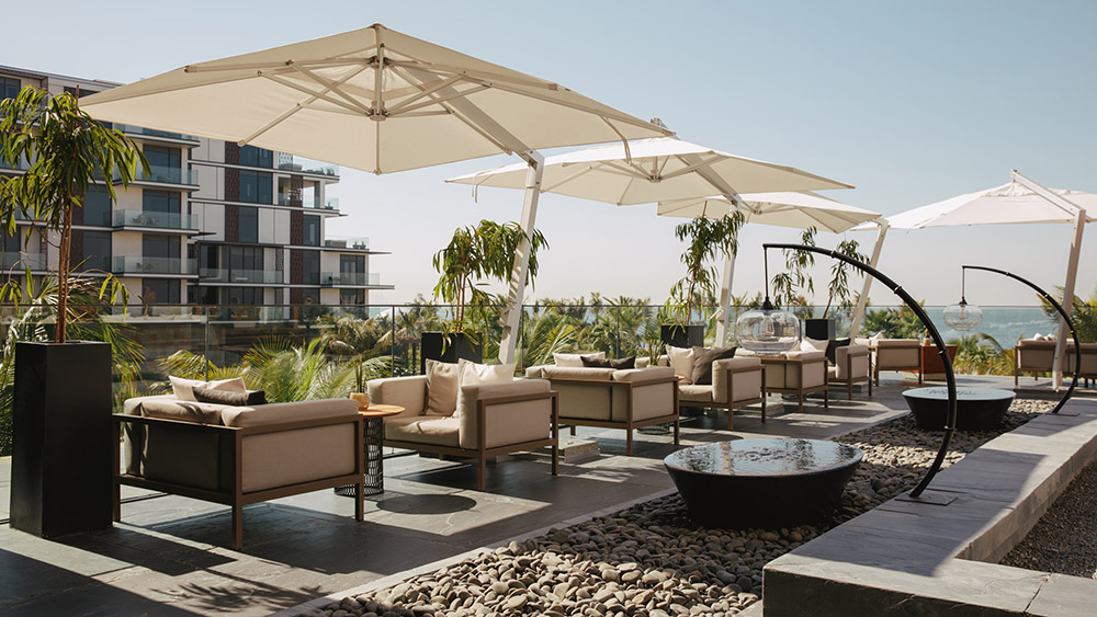 Rooftop dining terrace at Caesars Palace Bluewaters