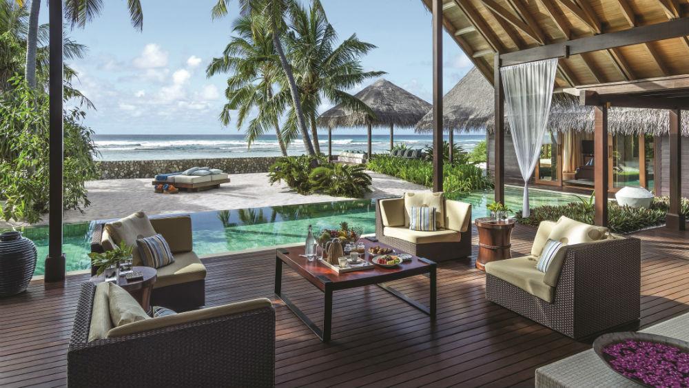 Villa Laalu Deck Shangri La Villingili Maldives