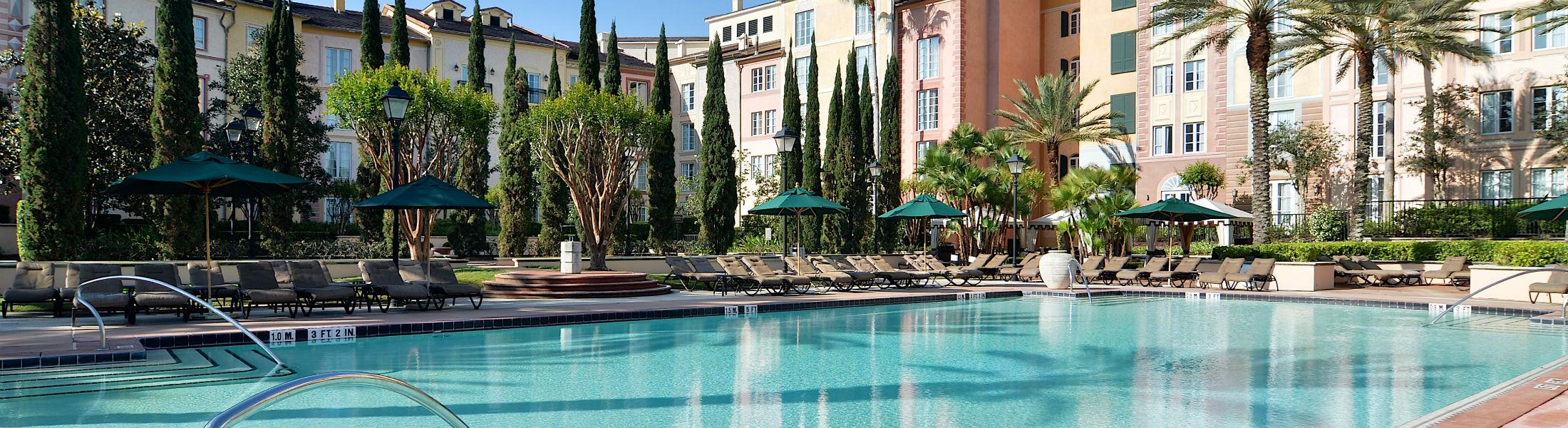 Main pool at the Loews Portofino Bay Hotel at Universal