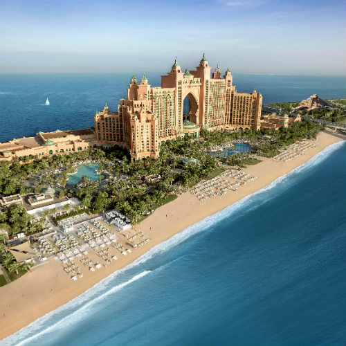 The beach front at the Atlantis The Palm