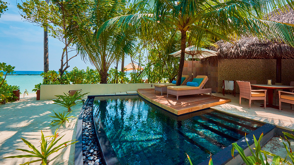 Private plunge pool in the Beach Villa at Constance Halaveli