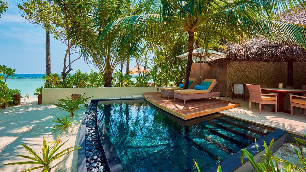 Private plunge pool in the Beach Villa at Constance Halaveli
