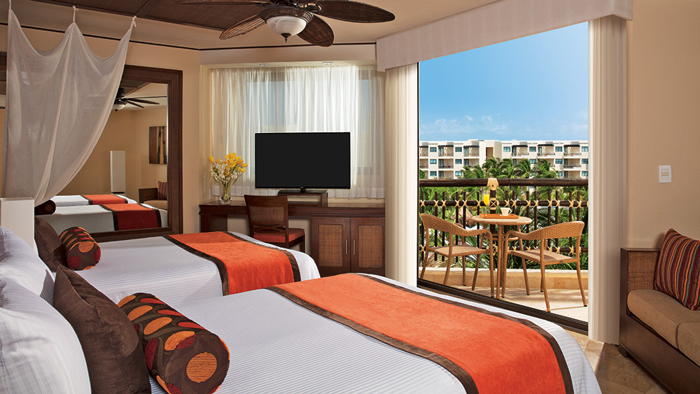 Kids room of the Family Suite Premium at Dreams Riviera Cancun